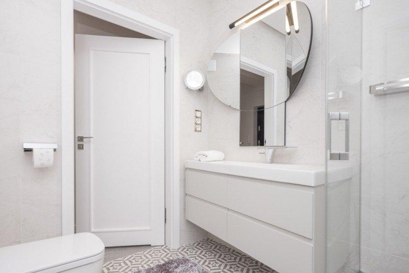 плитка для ванной белый