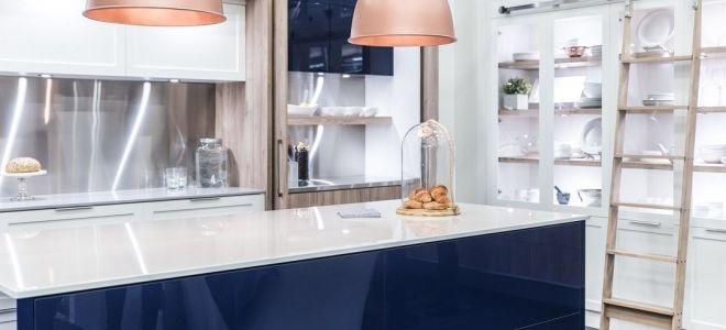 Глянцевая кухня — современные способы элегантного расположения