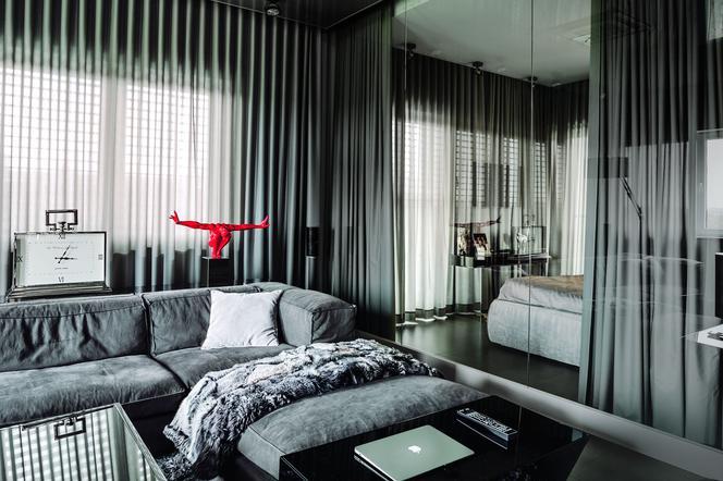 Стена из стекла: использование стеклянных стен в интерьере