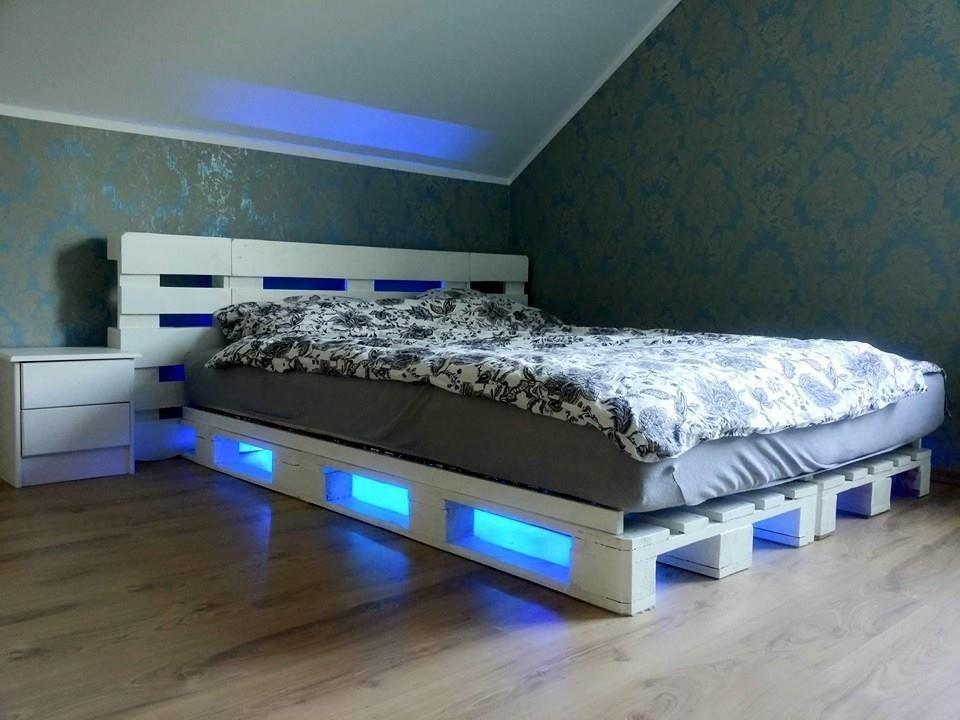 Как сделать кровать из поддонов? Пошаговые инструкции