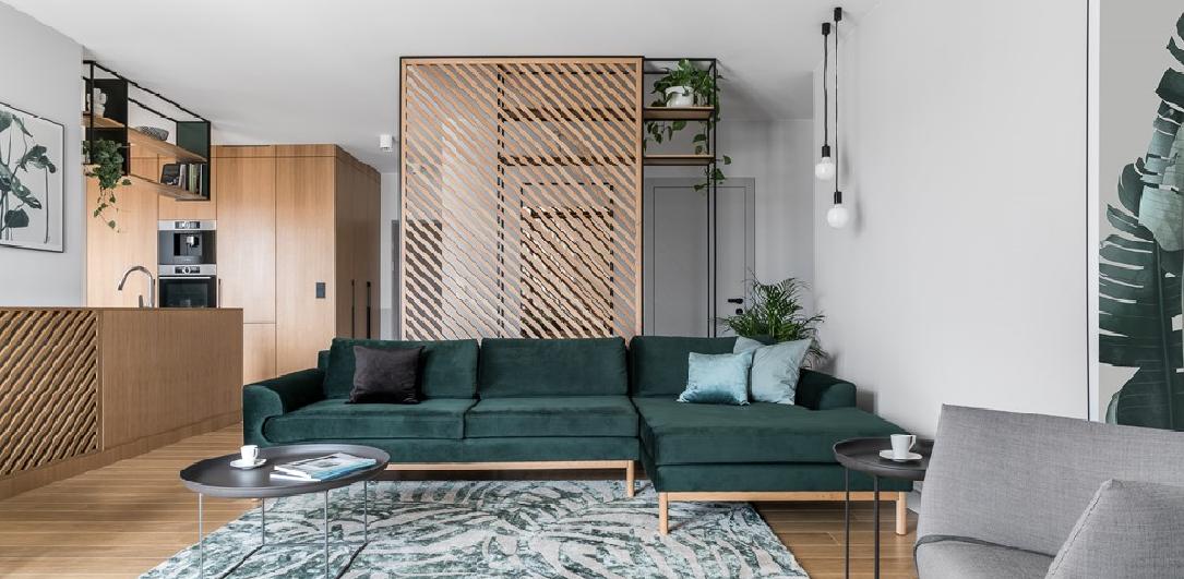 Уникальный дизайн: бутылочный зеленый цвет в современной квартире