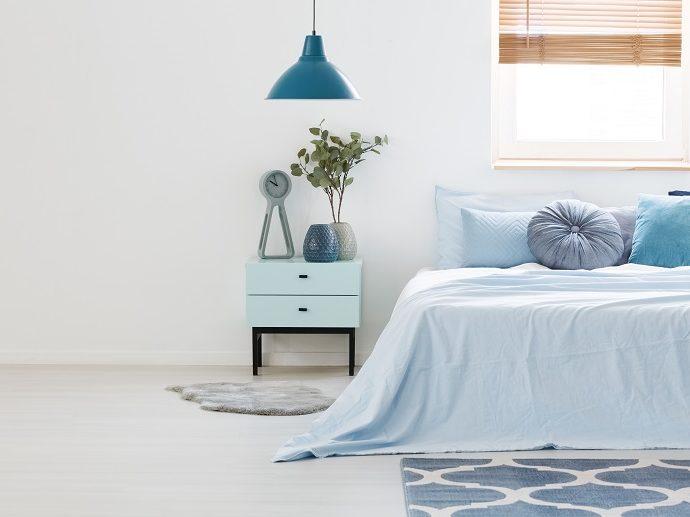 Тумбочка – практичный предмет мебели или ненужное дополнение?