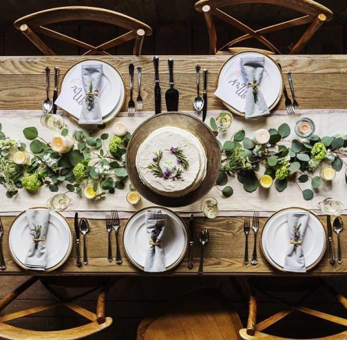 Как украсить стол в скандинавском стиле?