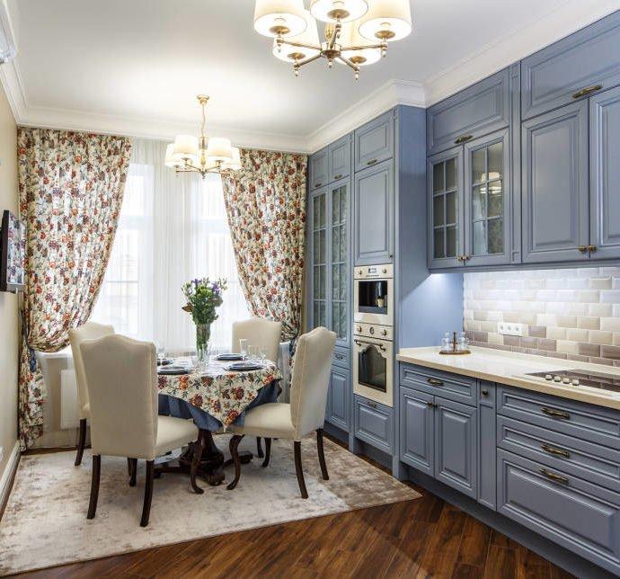 Цветочные мотивы в интерьере – как выбрать аксессуары для дома?