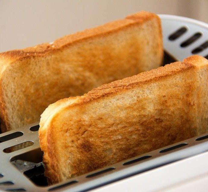 Тостер, сэндвичница или электрический гриль – что выбрать?