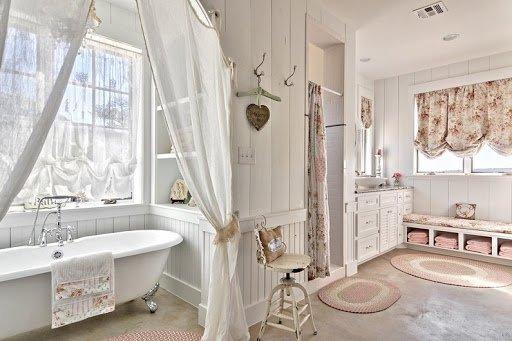 Ванная комната в провансальском стиле. Какая мебель и аксессуары?
