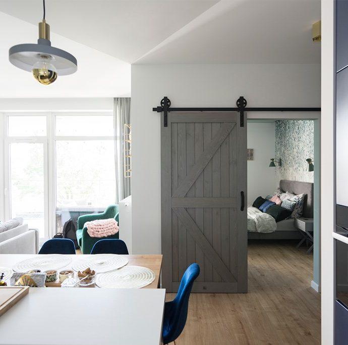 Гостиная с раздвижными дверьми – 7 вдохновляющих идей